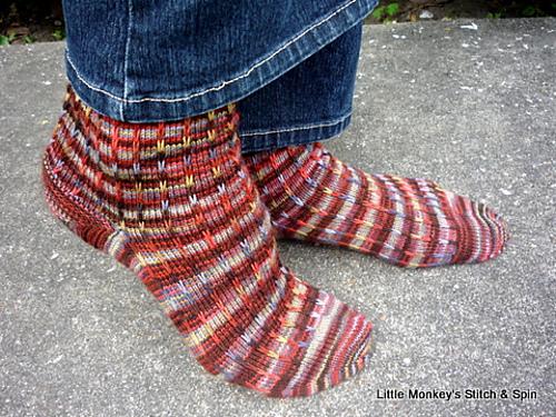 Dalekanium Socks - Knitter Nerd