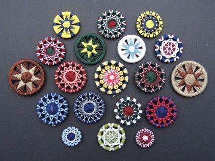 Knitter Nerd: Dorset Buttons